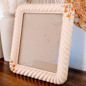 Boho Handmade Ceramic Scalloped Twist Nude Frame